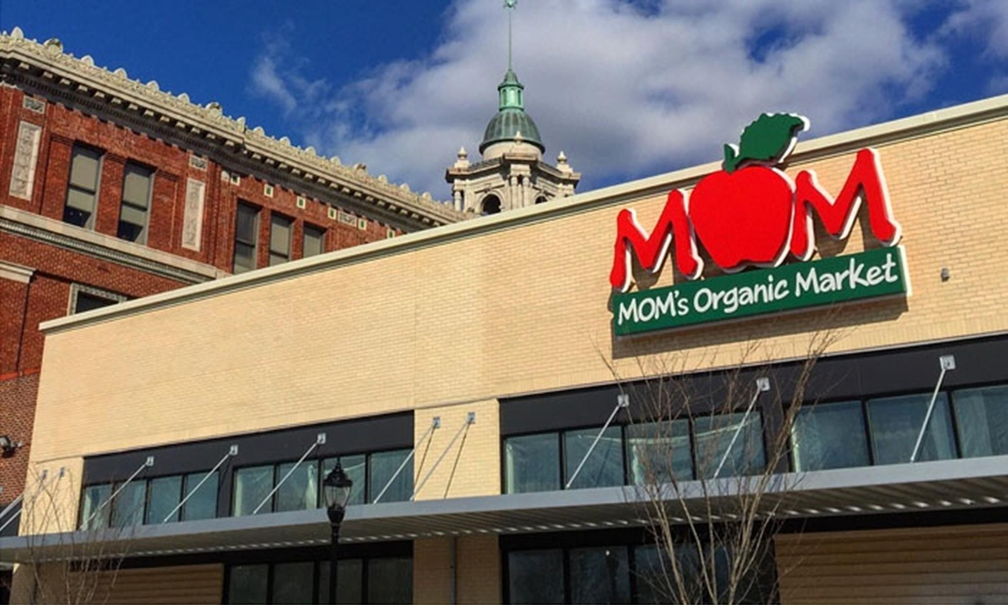 Moms Organic Market Cover